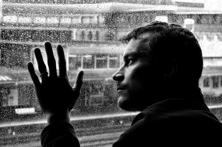 Психические расстройства: что это такое, виды, как распознать?