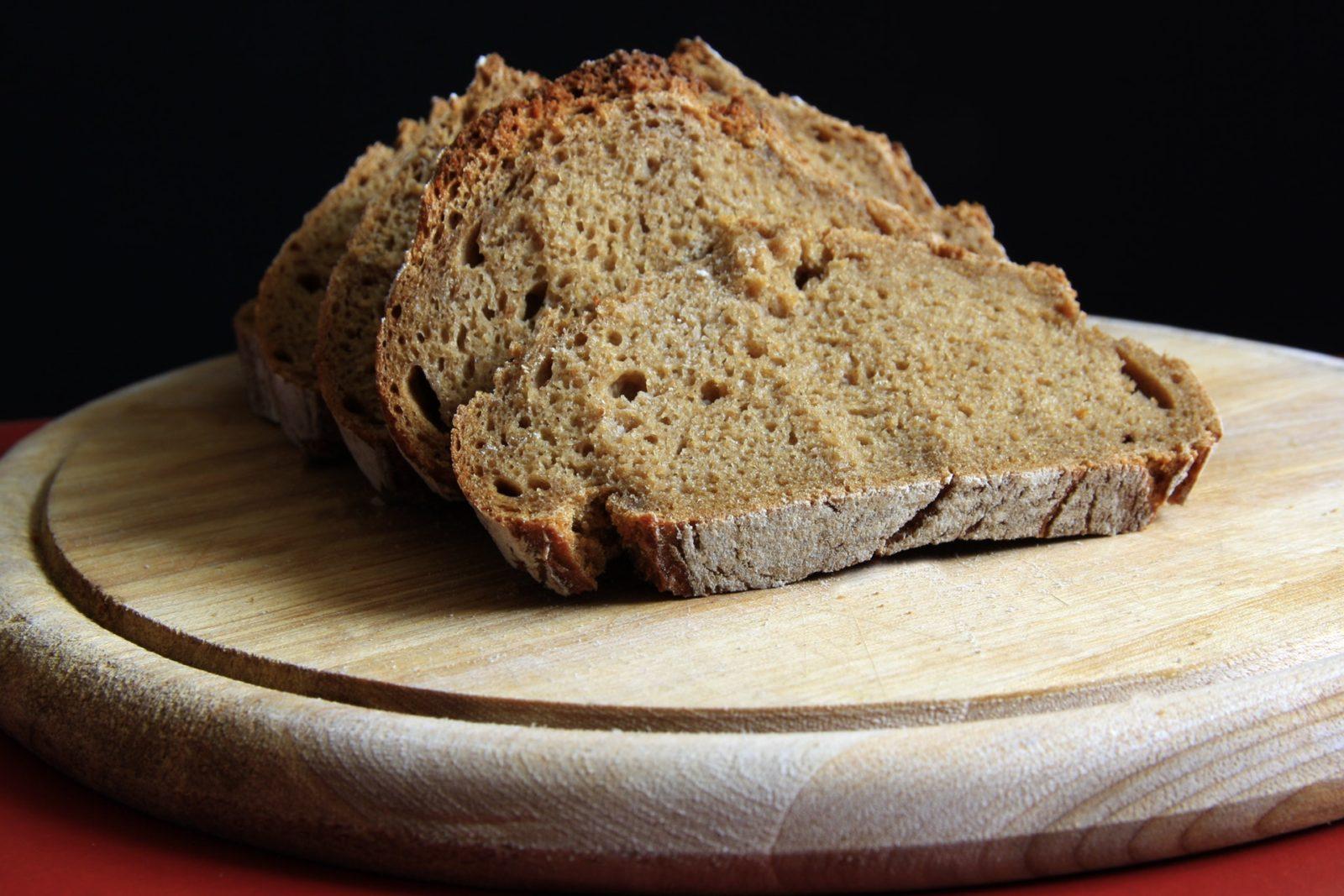 Свежий хлеб или сухари что полезнее