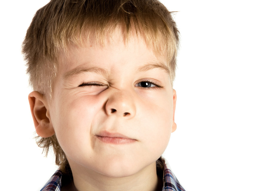 Нервный тик глаза у взрослых и детей: причины и лечение. как лечить нервный тик лекарствами, препаратами и народными средствами? нервный тик - лечение препарат от нервного тика