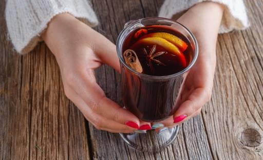 Как вино помогает от кашля