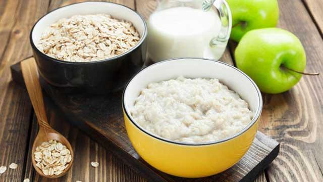 Диета из трех продуктов – овсянка, яблоки, творог!